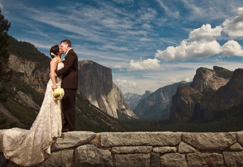 Bride and Groom at Tunnel View in Yosemite on their wedding day